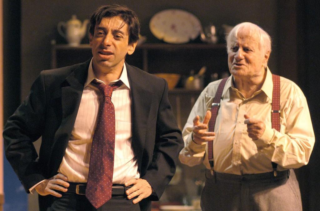 """Cassio Scapin e Paulo Autran em """"Vistando o Sr. Green"""": estreia em 2000 (Foto: João Caldas)"""