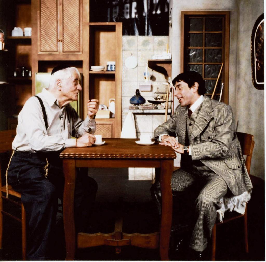 """Paulo Autran e Cassio Scapin em """"Visitando o Sr. Green"""": conflitos de um velho judeu e um jovem executivo (Foto: Divulgação)"""