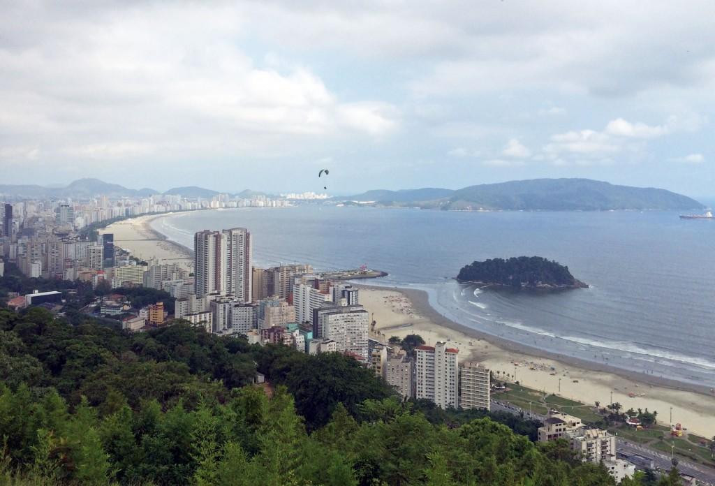 Rampa no morro do Itararé, na divisa entre Santos e São Vicente, é a mais conhecida do litoral paulista (Foto: Fábio Lemos Lopes)