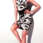 Vestido: de R$ 930,00 por R$ 651,00