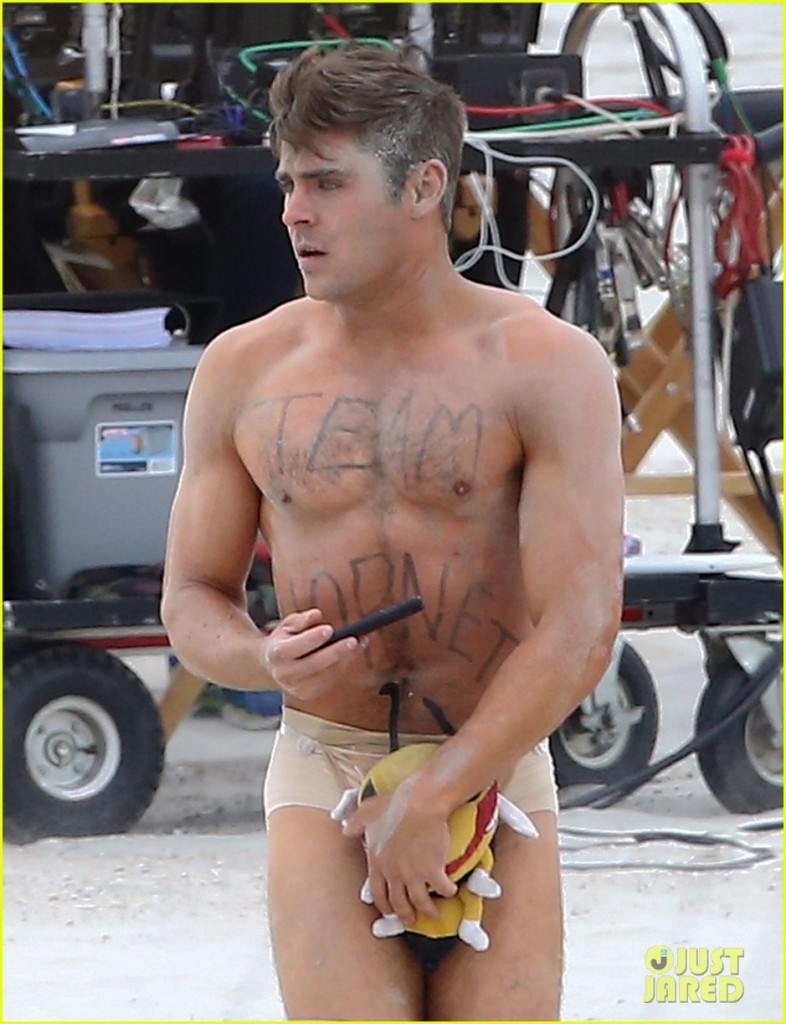 """Semi-Exclusive... Zac Efron Strips Down On The Set Of """"Dirty Grandpa"""""""