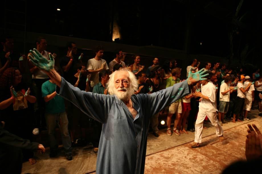 Zé Celso, em Os Sertões: Teatro Oficina apresenta Ala Canudos