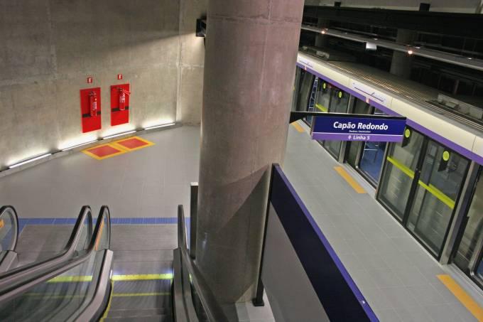 adolfo pinheiro estação metrô