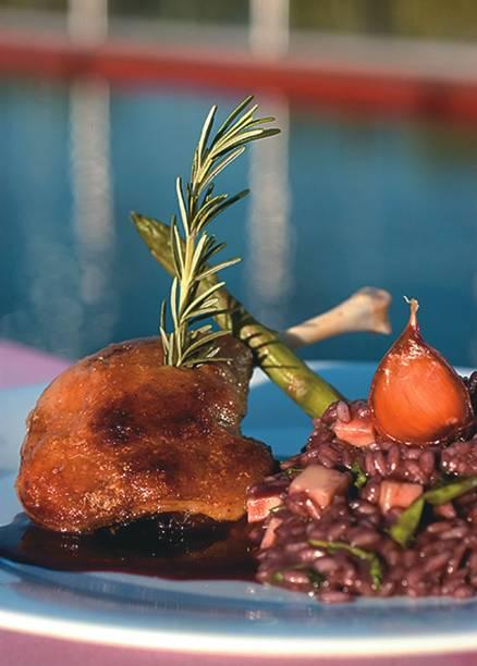 Confit de pato com risoto do Skye