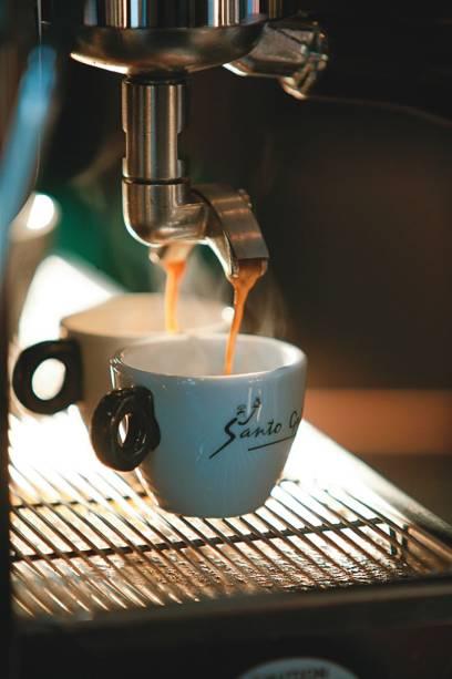 Expresso: café preparado com grãos torrados pela própria marca
