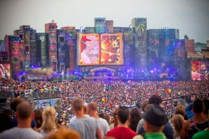 tomorrowland-3.jpeg