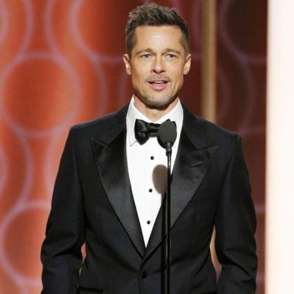 Brad Pitt foi um dos últimos a surgir em cena e arrasou mais magro e muito elegante