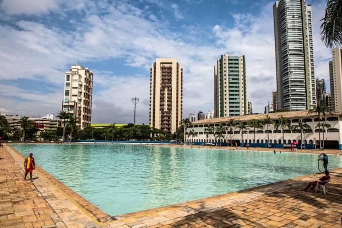 piscina ceret