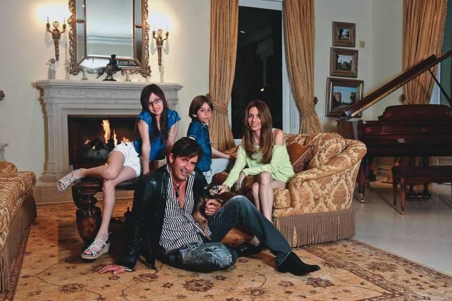Capa 2270 - Dr. Hollywood com a família