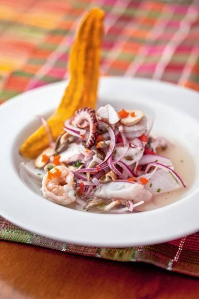 Suri Ceviche Bar: com camarão, polvo e  cogumelo