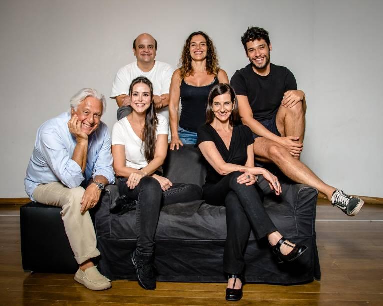 O elenco de Baixa Terapia: Fagundes, Alexandra, Espósito, Mara, Bruno e Ilana