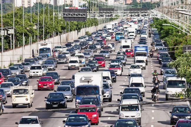 Marginal Pinheiros: acidentes com motos correspondem a 74% dos registros (Foto: Marivaldo Oliveira/Estadão Conteúdo)