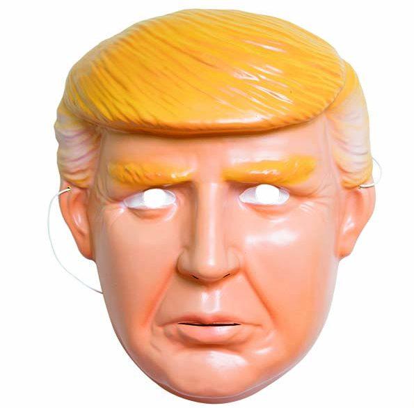 São Paulo, SP 03/02/2017 CONSUMO CARNAVAL Foto: Leo Martins Máscara de plástico de Donald Trump. R$ 7,00.