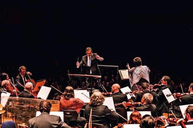 Sala São Paulo: orquestra Jazz Sinfônica apresenta composições de Tom Jobim e Na Ozzetti (Foto: Julian Lepick)