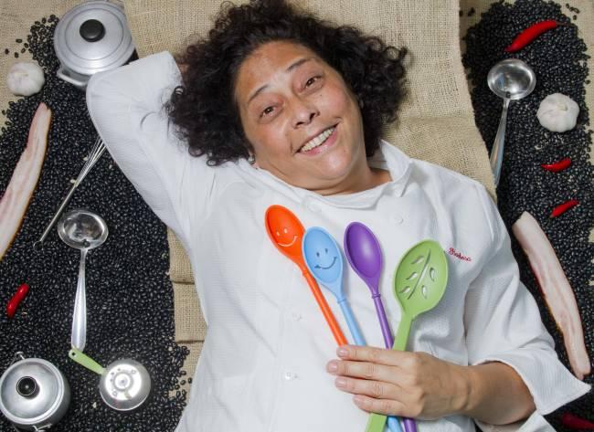 Kátia Barbosa, proprietária e cozinheira do Aconchego Carioca, eleito A Melhor Cozinha pelo júri da revista Veja Rio Comer e Beber 2011/2012.