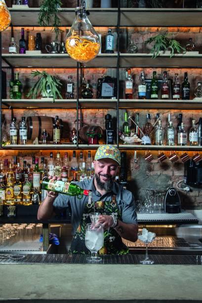 O bartender Márcio Silva: primeiro bar próprio