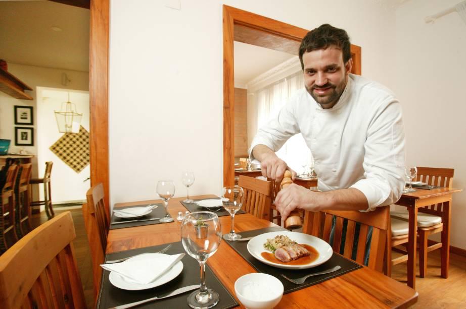 Marcelo Corrêa Bastos, do Bar do Jiquitaia: oferecehambúrguer de porco por 30 reais