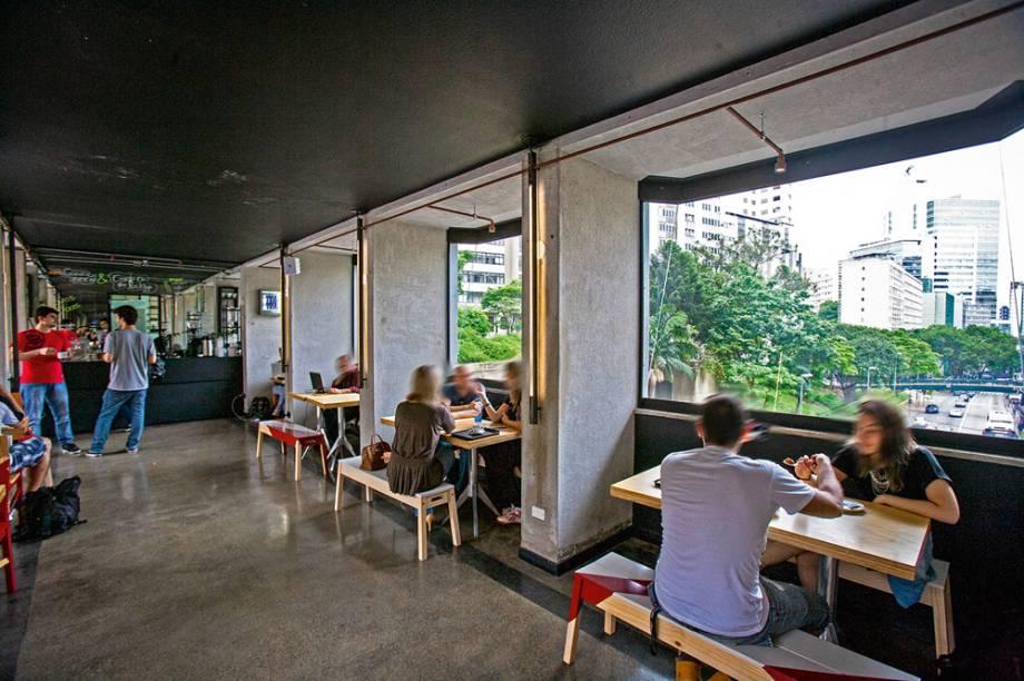 Isso É Café: com vista para a Avenida 9 de Julho