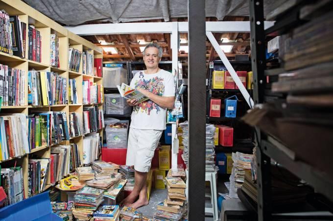 colecionador de quadrinhos, gibis e hqs