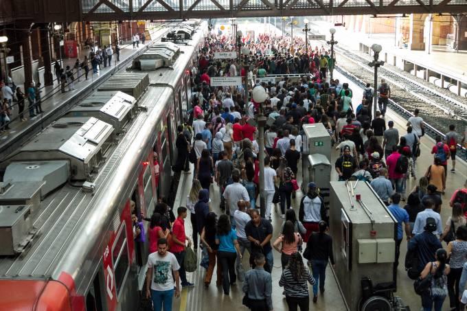 Paralisação de funcionários da CPTM em São Paulo