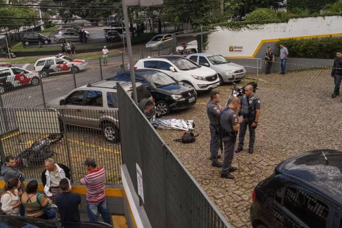 Tentativa de assalto em estacionamento de banco termina em morte na zona sul de SP