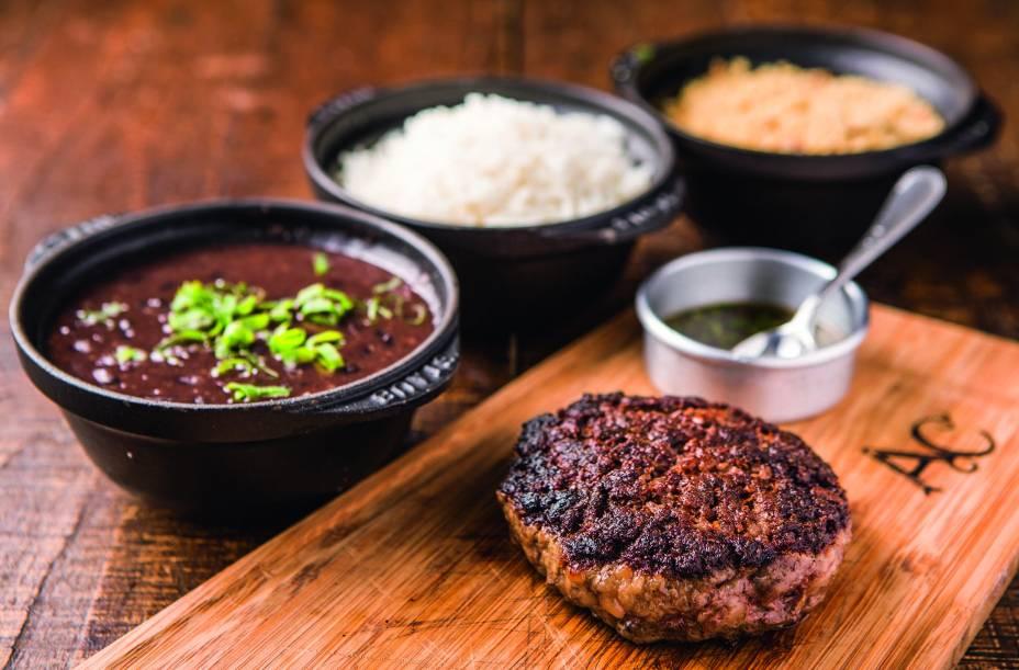 Açougue Central: disco de carne com acompanhamentos escolhidos à parte