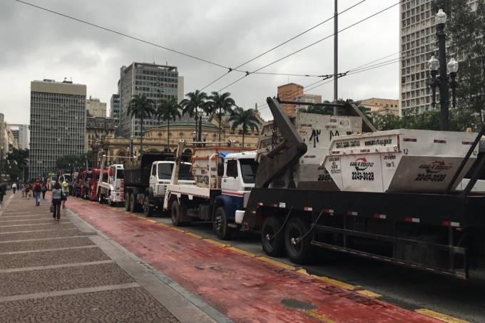 protesto caminhão prefeitura 2