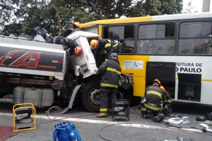 acidente bombeiros 2