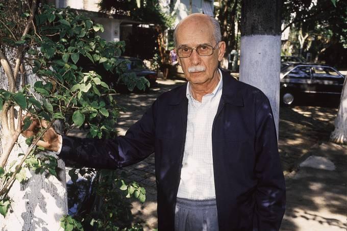 Antonio Candido, escritor, professor e crítico literário.