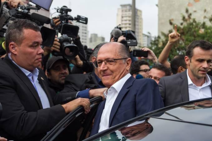 Manifestação interrompe ato de Alckmin e Doria em lançamento de programa na Luz
