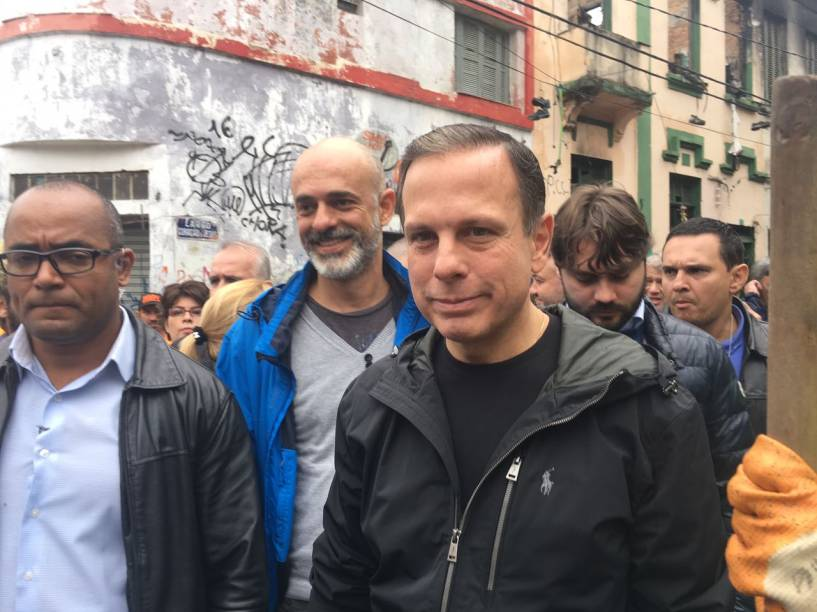 O prefeito João Doria (PSDB) esteve no local conferindo de perto os trabalhos