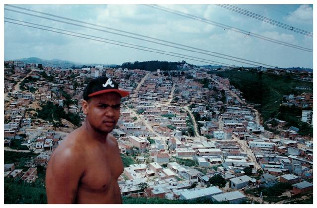 Edi Rock, no Capão Redondo, em 1997