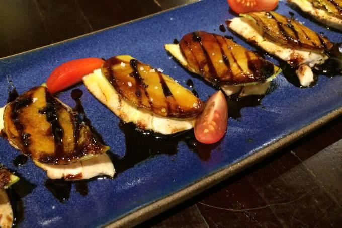 Sakagura_A1_carpaccio_atum_vieira_foie_gras
