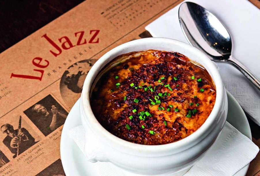 No inverno, a sopa de cebola é servida para abrir o apetite