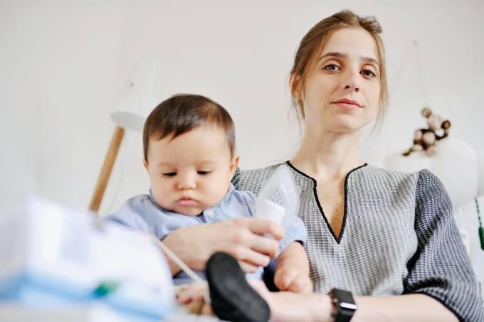 Mãe e bebê VSR