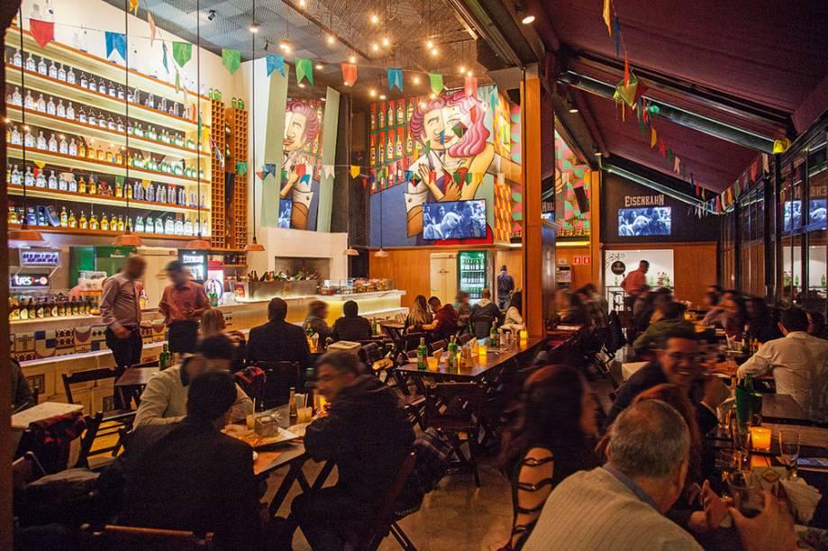 Bar Santa Teresa: salão concorrido