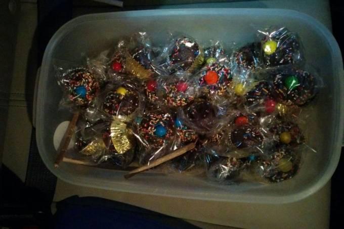 Imagem com doces apreendidos pela polícia civl_1500907124917