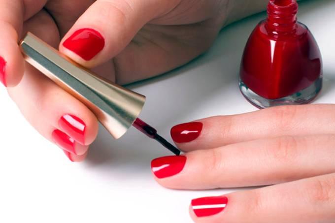 abre-esmalte-manicure