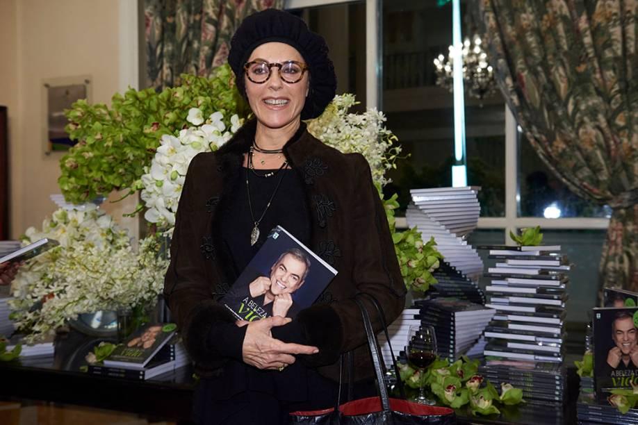 """Christiane Torloni, cliente e amiga de Biaggi desde o final dos anos 80: """"Todo mundo vibra por sua recuperação"""""""