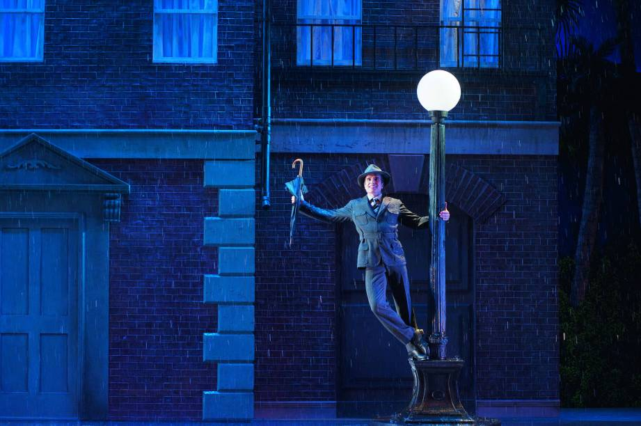 Homem de Mello: rola até chuva no palco