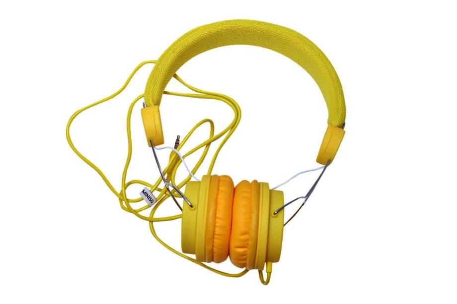Fone de ouvido ajustável e acolchoado, R$ 39,90