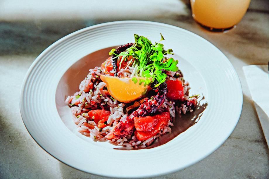 Hospedaria: arroz de polvo