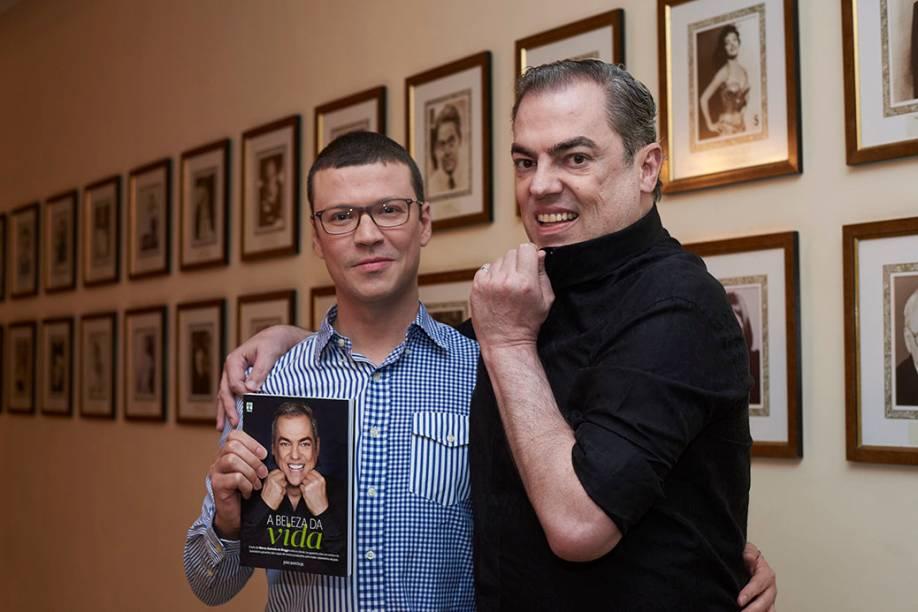 João Batista Jr. e Biaggi: o livro demorou um ano para ser feito e tem mais de 60 entrevistas