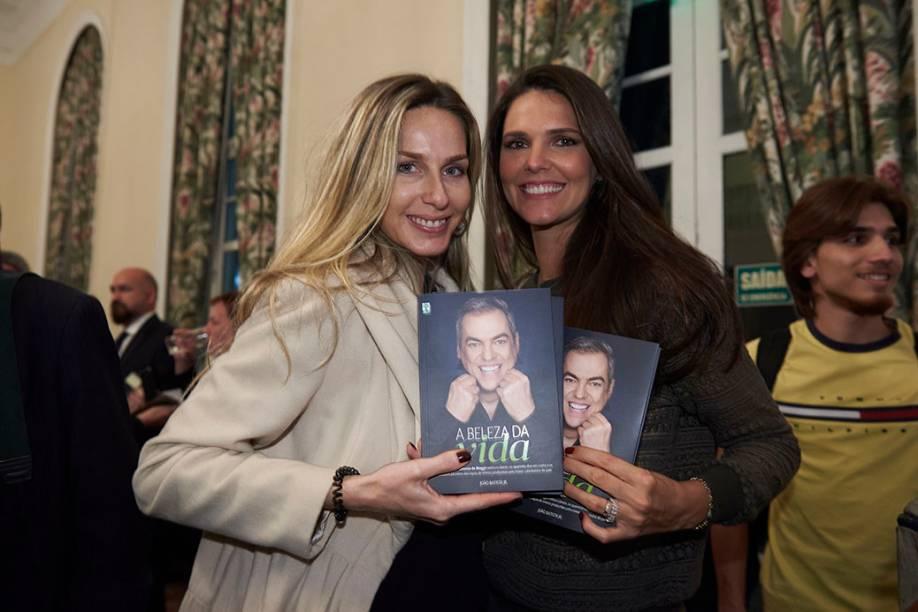 Mariana Weickert e Daniella Sarahyba: modelos e amigas do biografado