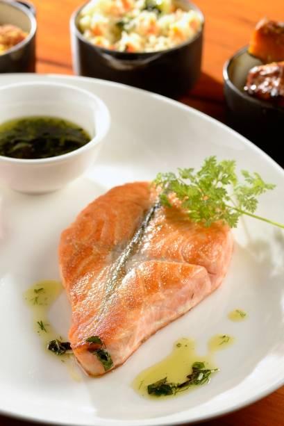 Le Bife: salmão grelhado