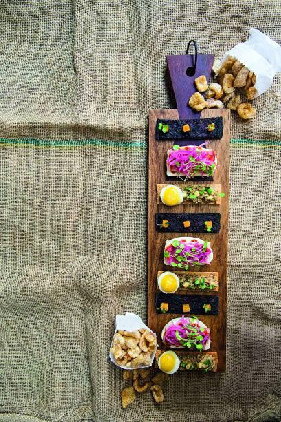 Acepipes: canapés e pururuca são boas pedidas para o aperitivo