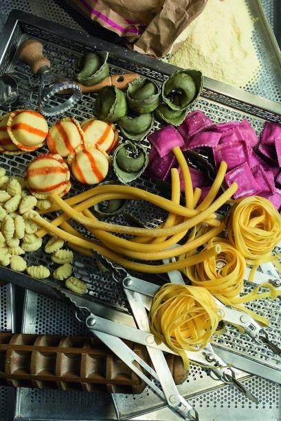 Produção artesanal: massas frescas e secas são vendidas por quilo