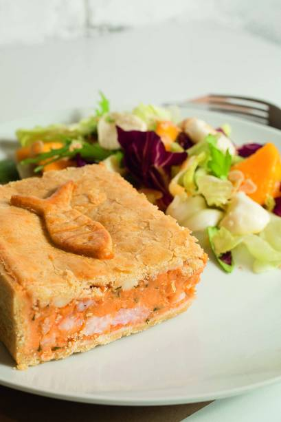 Torta de camarão: o recheio tem pedaços graúdos do crustáceo