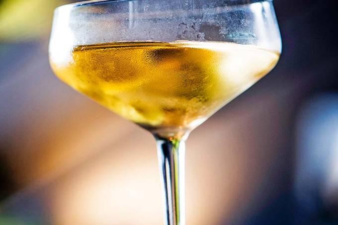 Apothek: o drinque Tuxedo