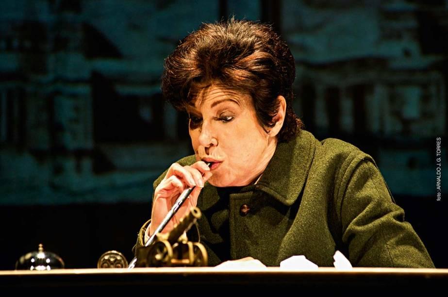 A atriz Esther Góes